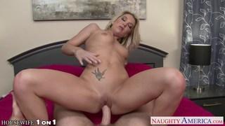 Naughty blonde housewife Laura Bentley fucking Thumbnail