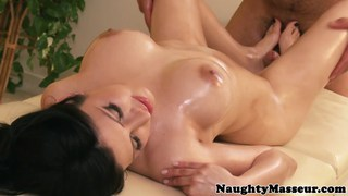 Busty mexican babe fucking her masseur Thumbnail