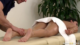Massage time with Johnny Sins and Nikki Daniels Thumbnail