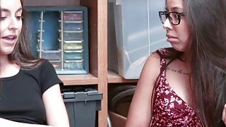 Arielle Faye and Jasmine Summers shares blowjob Thumbnail